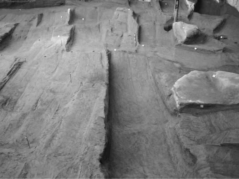 Il porto di Neapolis in età greca e romana: analisi degli scambi, della mobilità e della circolazione delle merci nel quadro del commercio marittimo europeo