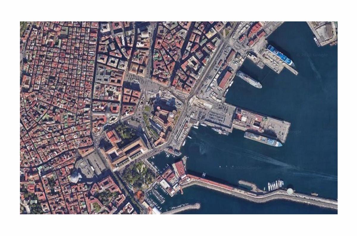 Forme di organizzazione dello spazio urbano nella Napoli antica